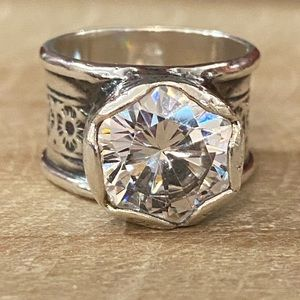 🌟SILPADA R2208 Queen for a Day Sterling & CZ Ring